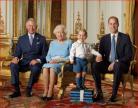 英女王和她的继承者们 这张传世照化动人心