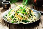 韭菜炒豆芽 韭菜豆芽炒肉片