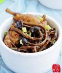 ♣ 茶树菇烧鸡