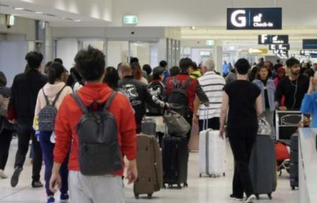 澳洲边检拦截35名试图入境进行网络诈骗的外籍游客