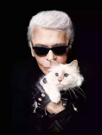 """时尚大帝【Karl Lagerfeld】和他的继承""""人"""""""