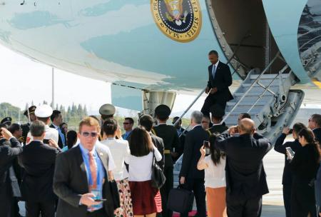 奥巴马下飞机时中美官员吵架 保安事关重大