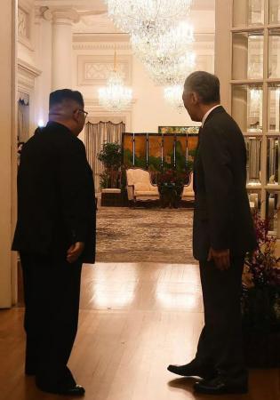 美朝首脑峰会 李显龙先会见金正恩