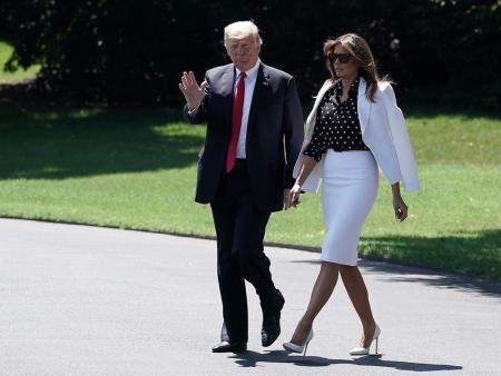 美国现任总统夫妇 看梅拉尼娅的走姿气场强大