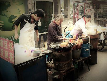 上海人的乡愁《卖大饼的姑娘》