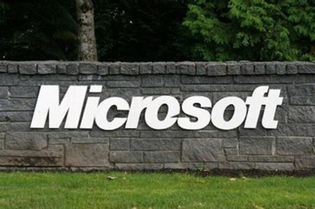 印裔担任微软CEO 美国老中反思