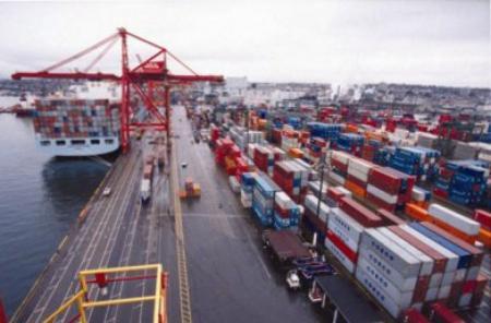 温港务局码头 货柜车司机罢工解决