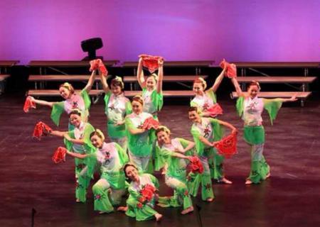 (温哥华) 白石素里舞蹈培训班 月费C$35 组织演出