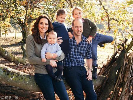 威廉王子一家全家福
