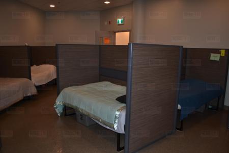 24小时紧急妇女避难所 ☏ 温哥华为受虐妇女提供服务的团体