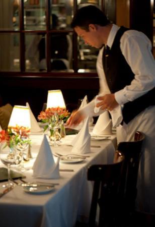宴会服务员的培训 (图)