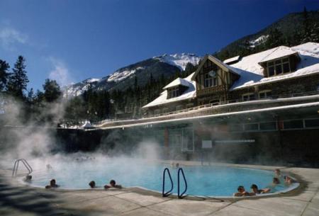 加拿大西岸12个最佳温泉