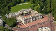 ♦ Buckingham Palace 白金汉宫